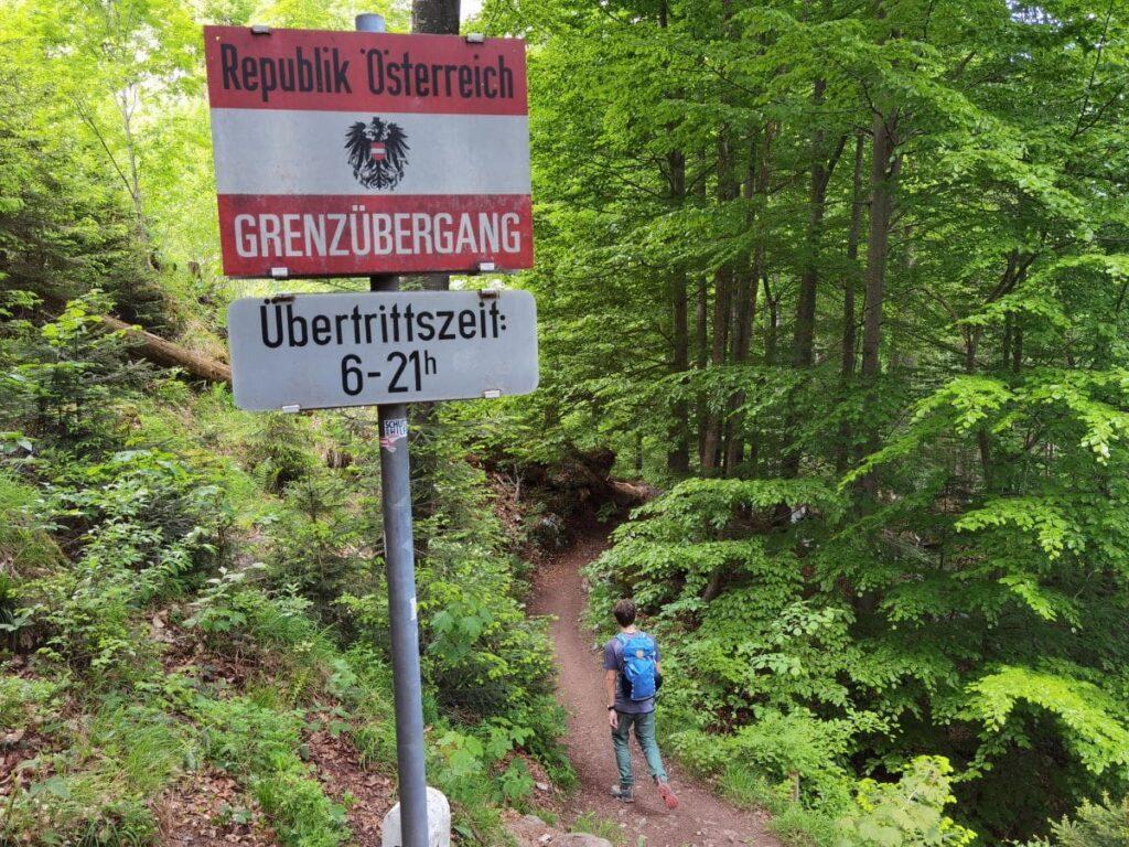 Schmugglerweg Schleching - incl. Grenzübergang im Wald kurz vor Klobenstein